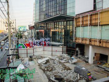 รีโนเวทห้างสรรพสินค้า โซนทางเข้าด้านหน้าห้างเดอะมอลล์ งามวงศ์วาน